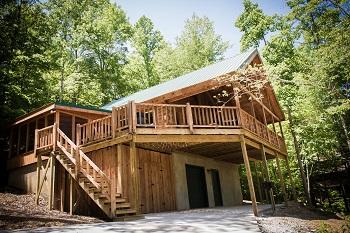 full view of cabin close to deer water lake