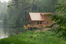 Waterfront cabin in Red River Gorge