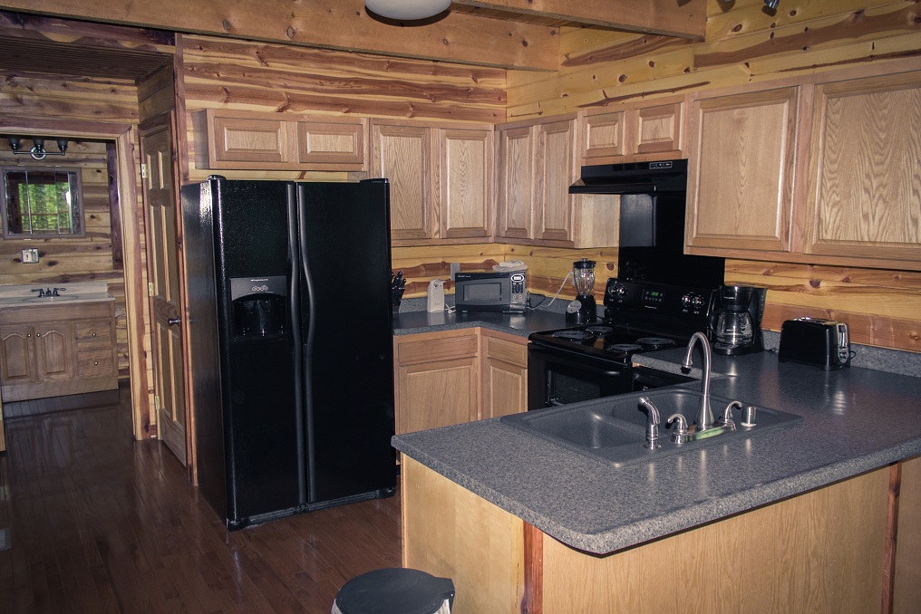 fully equipped kitchen with gorgeous woodwork