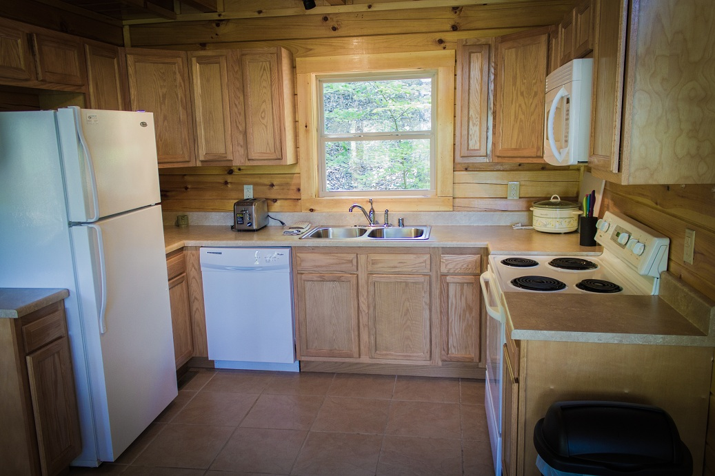 full appliances and dishwasher for easy clean up