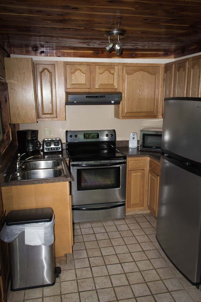 fully equipped kitchen makes preparing meals away from home easy