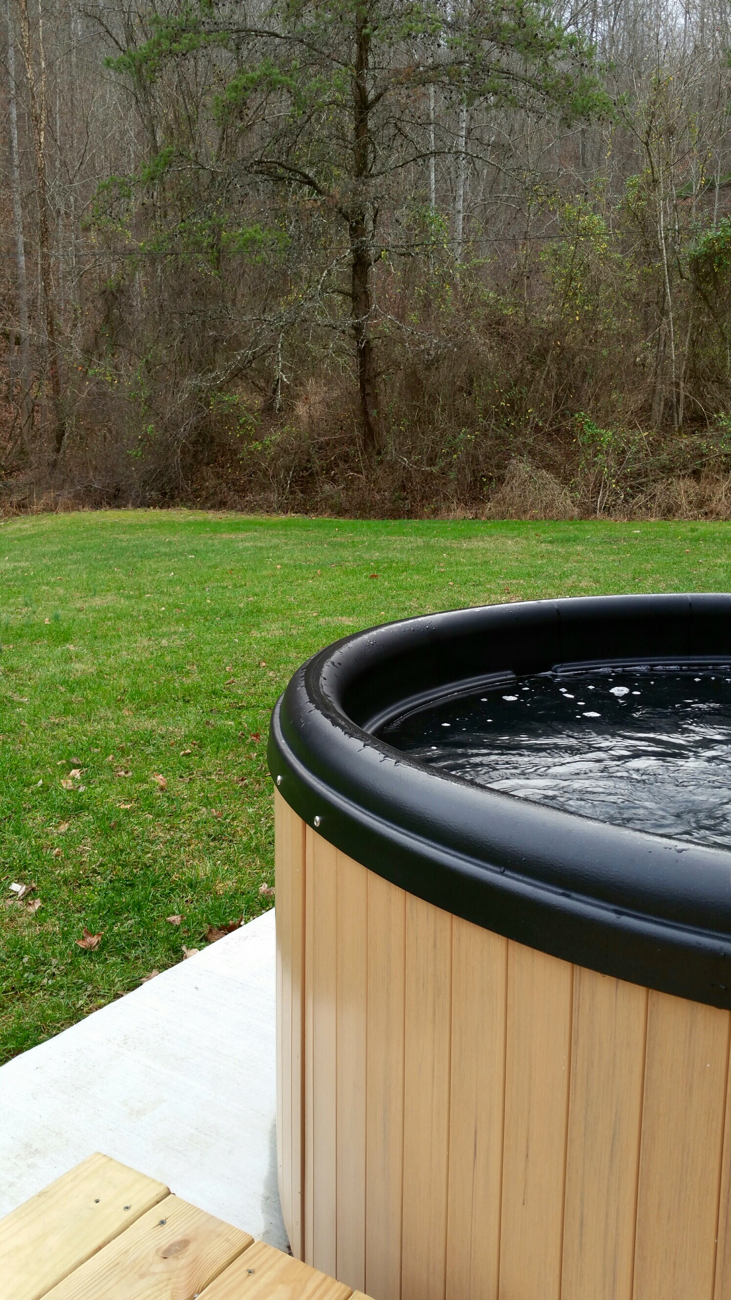 hot tub at the hide out