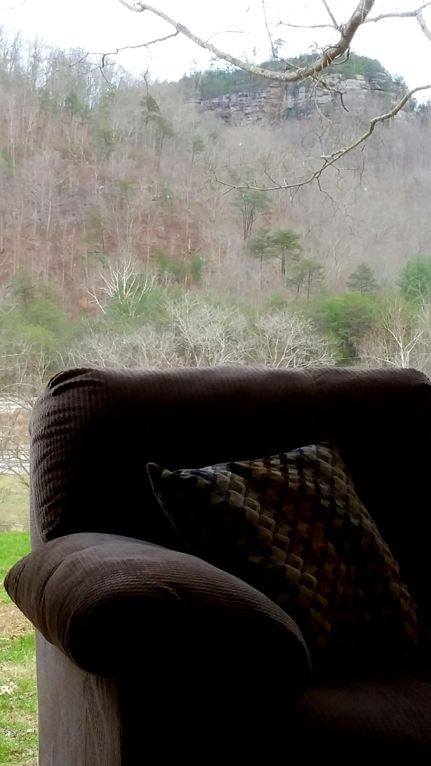 red river gorge cliff face
